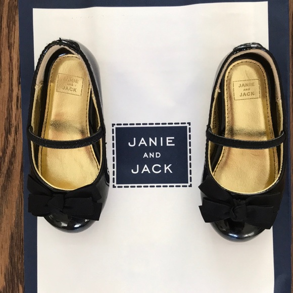 3f7baf033d9a6 Janie and Jack Other - Black patente shoes for baby girl